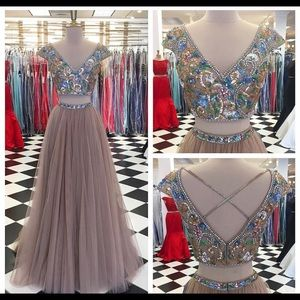 Sherri hill prom dress 51166/size 2/nude colored